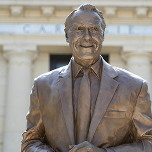 Sen. Bob Dole bronze statue on campus