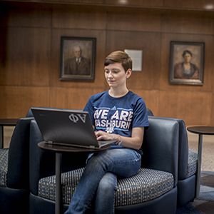 Student in Welcome Center