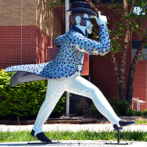 Ichabods Around Town statue at Shuler Education Center