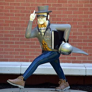 Ichabods Around Town statue at Washburn Tech