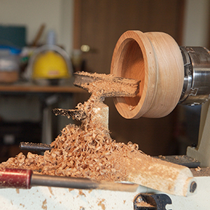 A bowl being produced on John Buckner's lathe