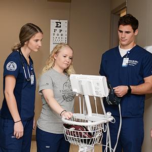 Washburn nursing students at a clinical