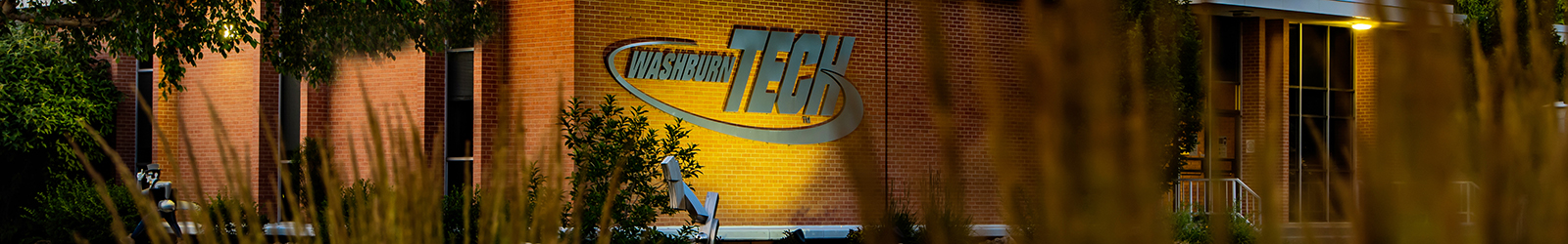Washburn Tech front of main building