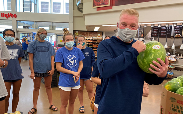 Chris Herron and volleyball team at Hy-Vee