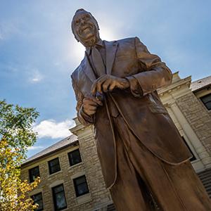 Bob Dole statue